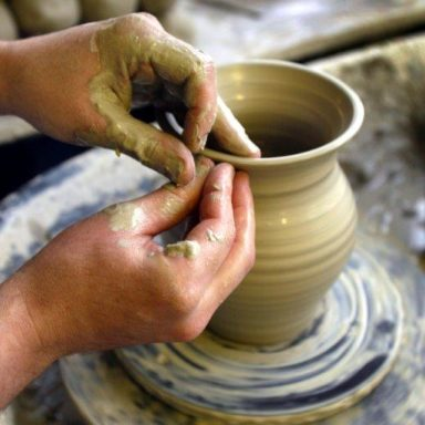 2  ballydougan pottery traditional hand thrown pottery by skilled potters